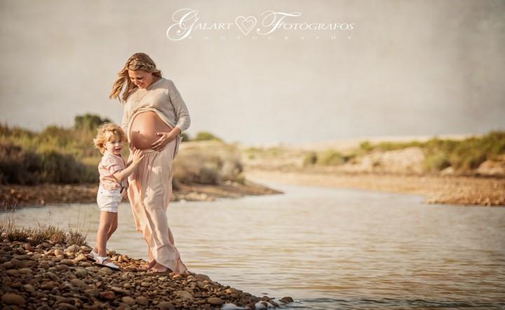 Fotografías de embarazo en exteriores (3)