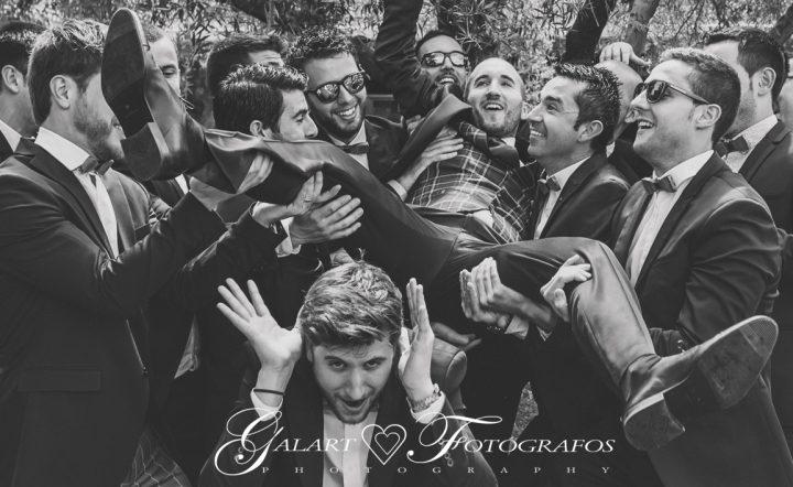 Fotografías de novios en el campo, reportaje de boda, fotos de novios, masía les casotes, galart fotografos (10)