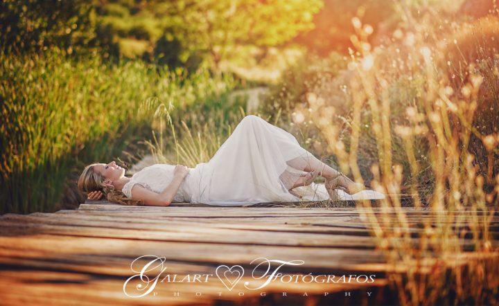 Fotografías de novios en el campo, reportaje de boda, fotos de novios, masía les casotes, galart fotografos (15)