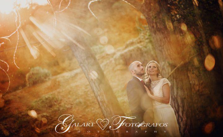 Fotografías de novios en el campo, reportaje de boda, fotos de novios, masía les casotes, galart fotografos (13)