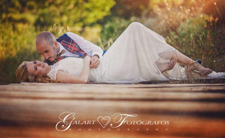 Fotografías de novios en el campo, reportaje de boda, fotos de novios, masía les casotes, galart fotografos (1)