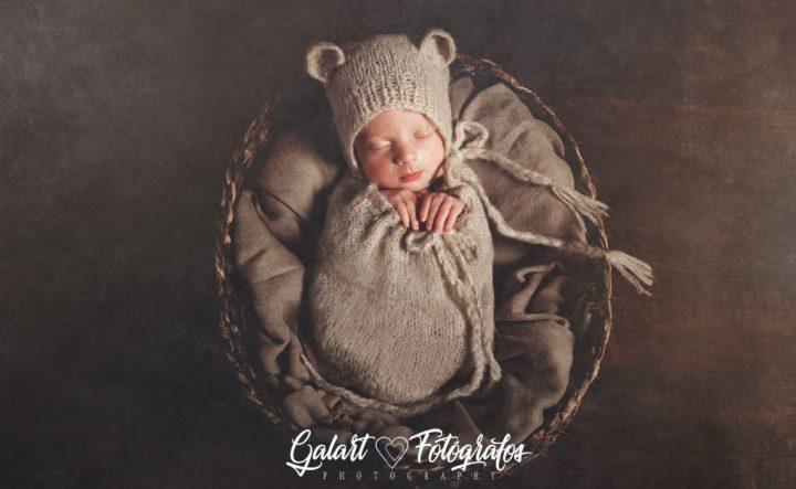 Fotos de bebé, reportaje newborn, galart fotógrafos